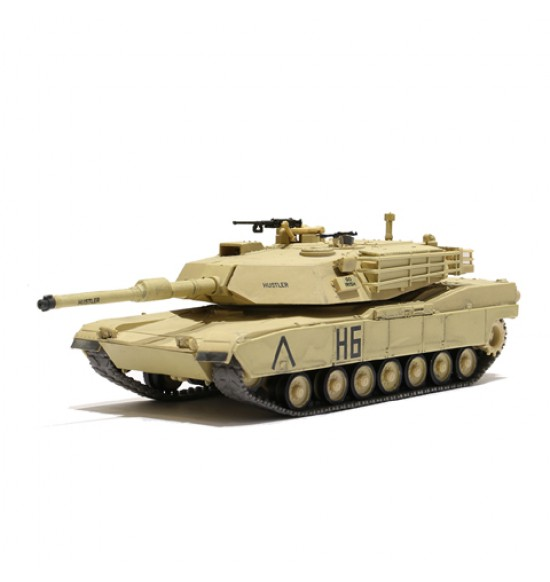US MBT M1A1 ABRAMS DESERT 1-72