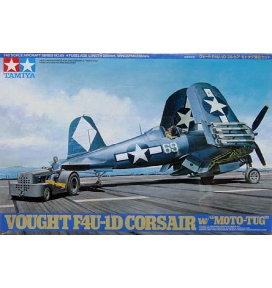 1-48 Corsair F4U  con Trattore