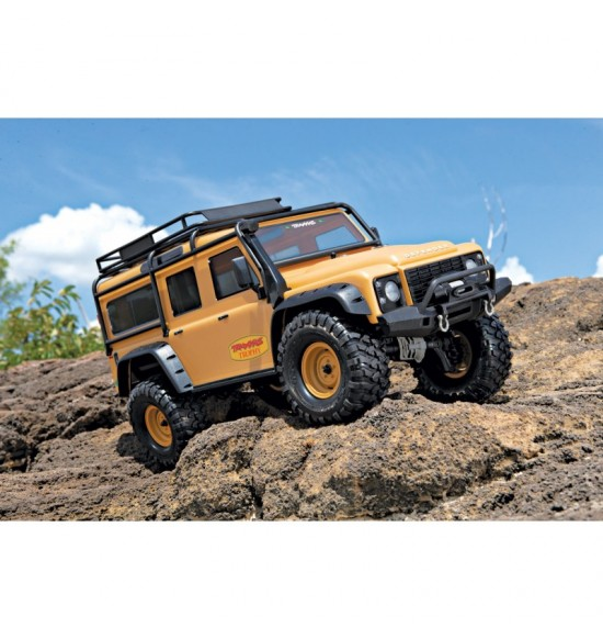 trx-4 Land Rover Defender Trophy-Tan traxxas